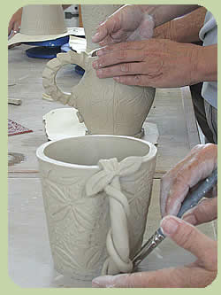 Handbuilding_clay_cups