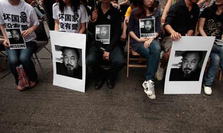 Ai-Weiwei-protest-Hong-Ko-007