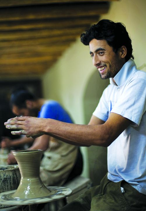 SI-Afghan potter