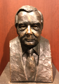 Harry Winston bust